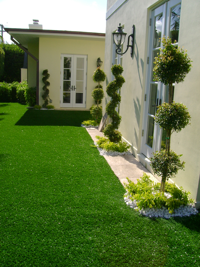 Softlawn 174 Lawn Amp Landscaping Synthetic Turf International