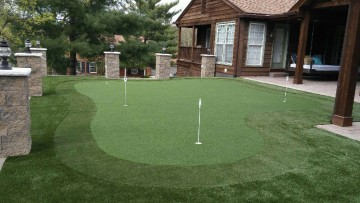 Synthetic Putting Green   Xtreme Green